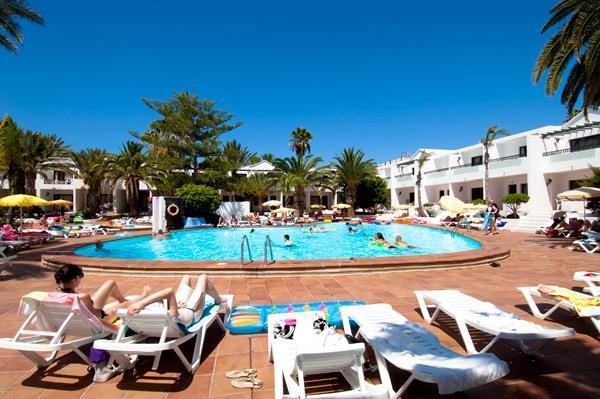 Labranda playa club apartments travel republic - Apartamentos baratos en lanzarote puerto del carmen ...