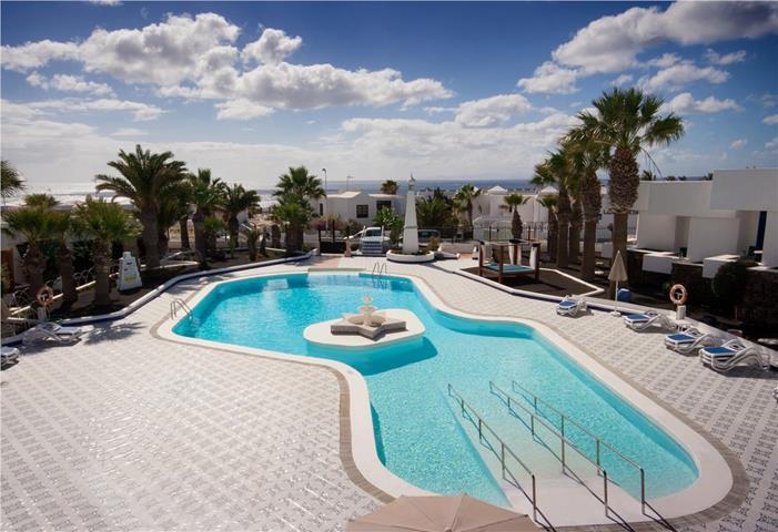 Panorama lanzarote apartments puerto del carmen lanzarote spain travel republic - Cheap hotels lanzarote puerto del carmen ...