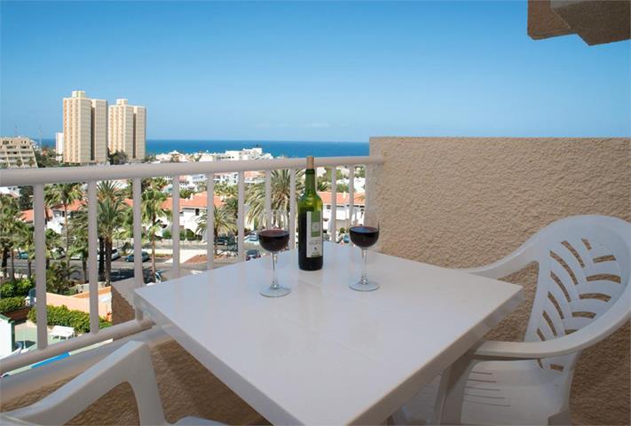 Apartamentos caribe travel republic for Apartamento caribe tenerife