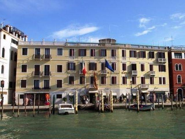 hotel carlton on the grand canal travel republic. Black Bedroom Furniture Sets. Home Design Ideas