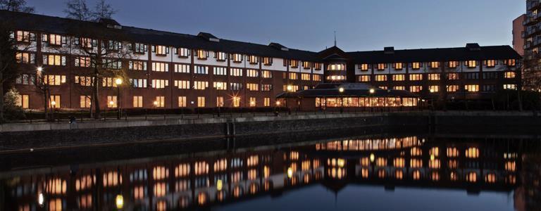10 Best Hotels near Old Trafford Cricket Ground