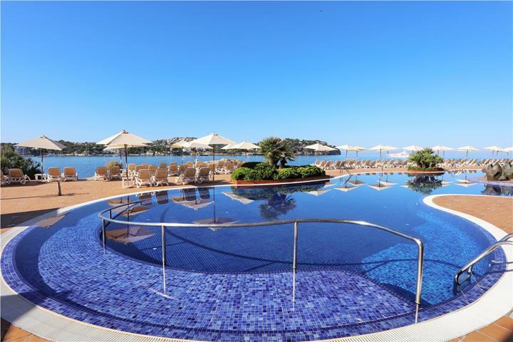 Iberostar suites hotel jardin del sol adults only for Jardin del sol santa ponsa