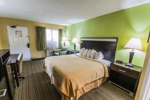Hotels Near Gainesville Airport