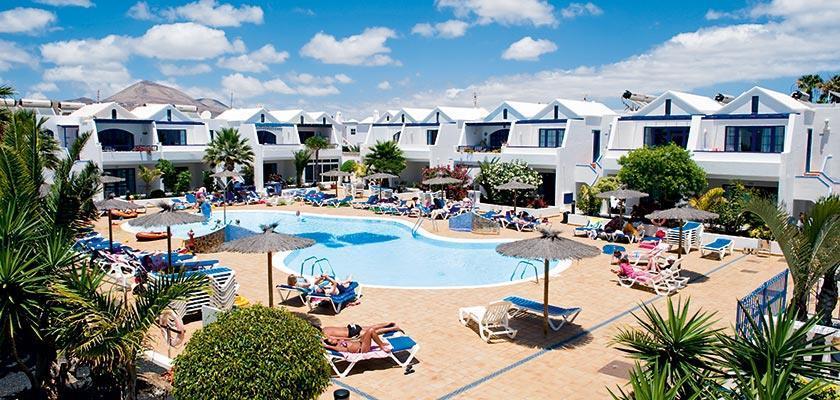 Cinco plazas apartments travel republic - Cheap hotels lanzarote puerto del carmen ...