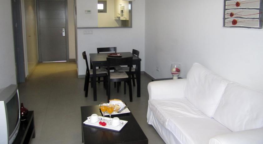 Igh Room Booking Age