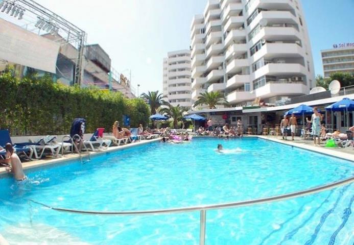 Apartamentos magalluf playa travel republic - Apartamentos magaluf ...