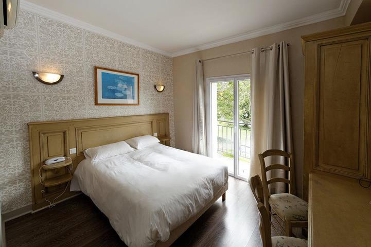 hotel du lac foix midi pyr n es france travel republic. Black Bedroom Furniture Sets. Home Design Ideas