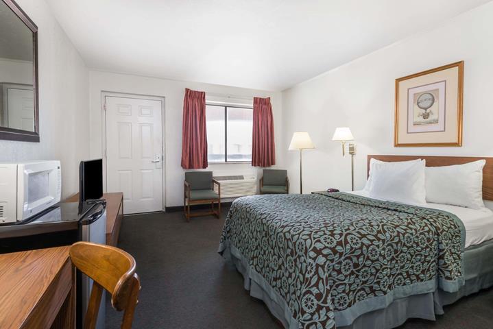 hays days inn hays kansas usa travel republic. Black Bedroom Furniture Sets. Home Design Ideas