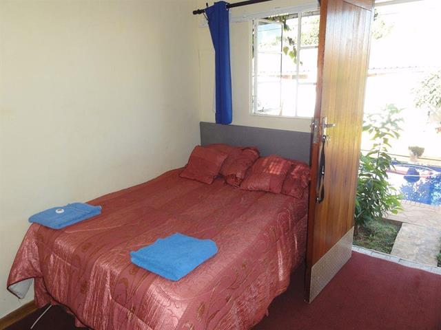 Simba harare bed and breakfast travel republic for Beds zimbabwe