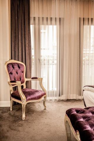 Luce di pera travel republic for Luce suites taksim